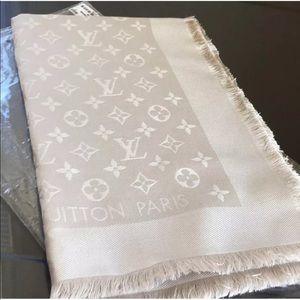 Authentic Luis Vuitton Monogram scarf Denim